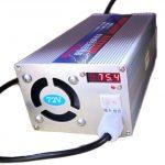 Бързо Зарядно за 72V (20 клетки) Li-ion батерия 15А 1200W